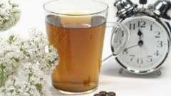 Чай з меліси та шишки хмелю - безсоння швидко покине тебе!