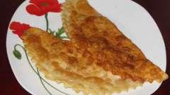 Чебуреки, такі різні і такі апетитні або як приготувати чебуреки