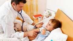 Чим лікувати сухий гавкаючий кашель у дитини: причини, препарати