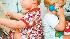 Що робити мамі, якщо у дитини зелений кал: розбираємося з проблемами зі стільцем
