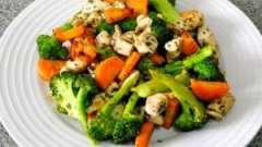 Дієтичні страви з брокколі: рецепти з фото