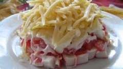 Дієтичний салат з крабовими паличками: рецепти