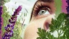 Як правильно доглядати за шкірою в області очей