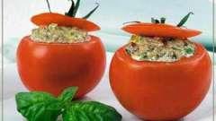 Як приготувати фаршировані м`ясом помідори?