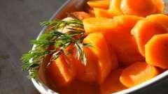 Морква з медом - це смачно і корисно!