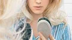 Народні засоби проти випадіння волосся у жінок. Як зберегти зачіску густий і пишною
