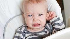 У дитини стріляє вухо: як лікувати і що робити