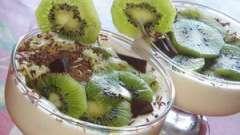 Універсальне ласощі - десерт з вершків